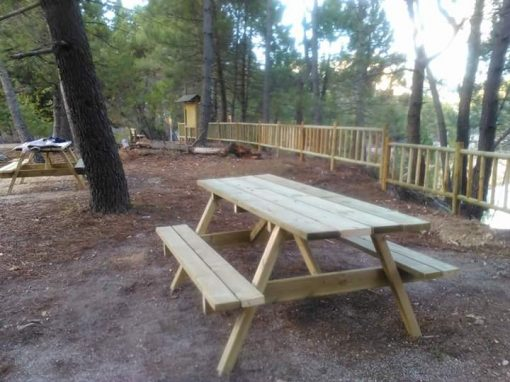 Mesa picnic en madera de pino flandes tratada