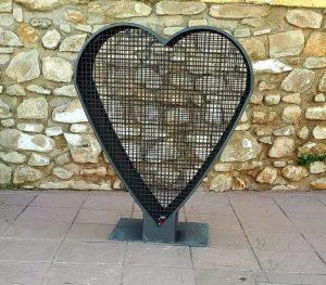 contenedor de tapones en forma de corazón