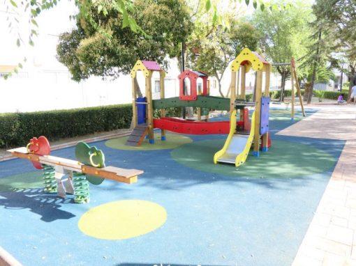 Restauración y Reparación de Parque Infantil Villacarrillo (Jaén)
